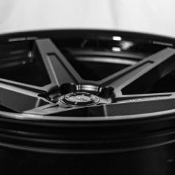 FF660-Black-5